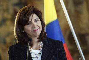 LA CANCILLER COLOMBIANA MARÍA ÁNGELA HOLGUÍN VISITA PRAGA